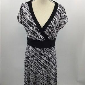 White House Black Market Sz L dress